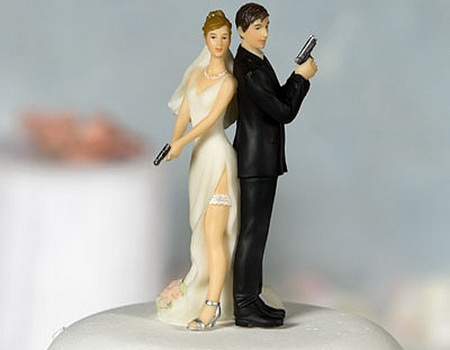 funny-wedding-cake-topper