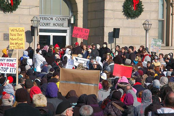 0316-Steubenville-protest-rape.jpg_full_600