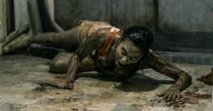 Jessica-Lucas-in-Evil-Dead-2013