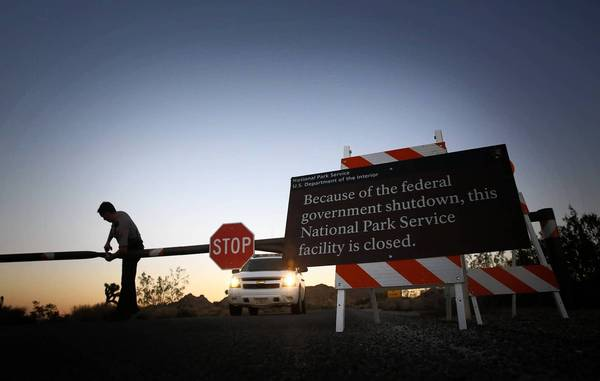 Joshua Tree National Park closes